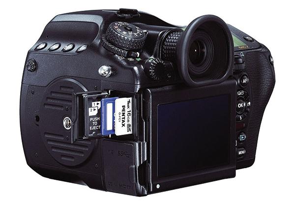 Medium Tools: Our Favorite Medium Format Cameras, Lenses ...