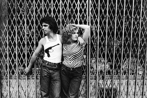 Love kills 1979 i was walking up 6th avenue in the flower district around 28th street when i saw this young couple leaning against the grate