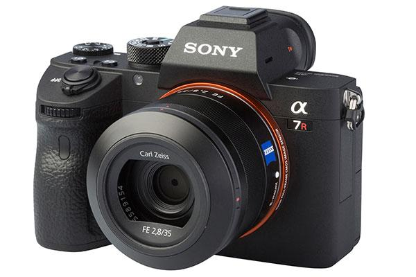 Sony A7R III Review: Sony Gives Its High-Resolution