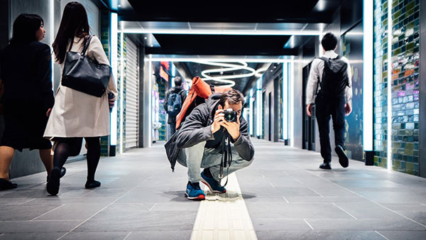 5 Must-Know Street Photography Tips (VIDEO)