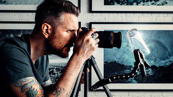 Here's an Easy Portrait Photography Hack that Anyone Can Do (VIDEO)