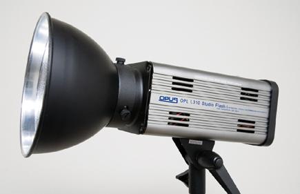 The Opus Pro Opl L300 Series Ac Dc Location Kit This Strobe