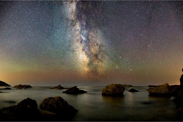 Beginner's Guide to Astrophotography: A Quick & Easy Tutorial on How to Take DSLR Night Sky Photos
