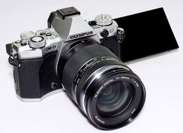 Why We Love Modern Retro-Style Cameras | Shutterbug