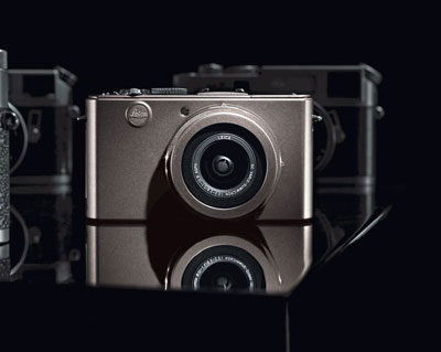 The silver grey of the leica d lux 4 titanium metal body has been constructed with the same precision and attention to detail as the standard black model