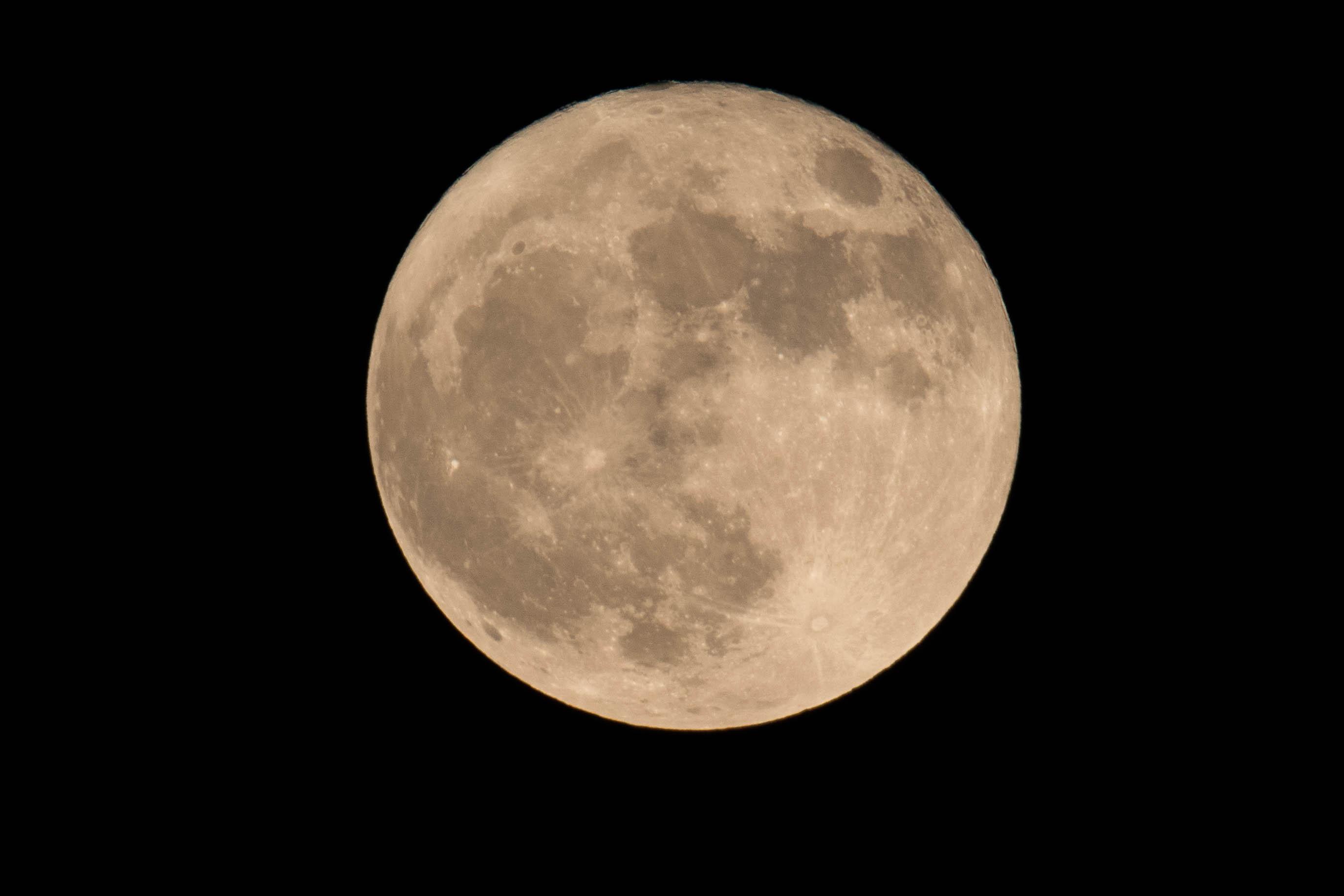 Full moon december 3 2017 shutterbug When is full moon april 2017
