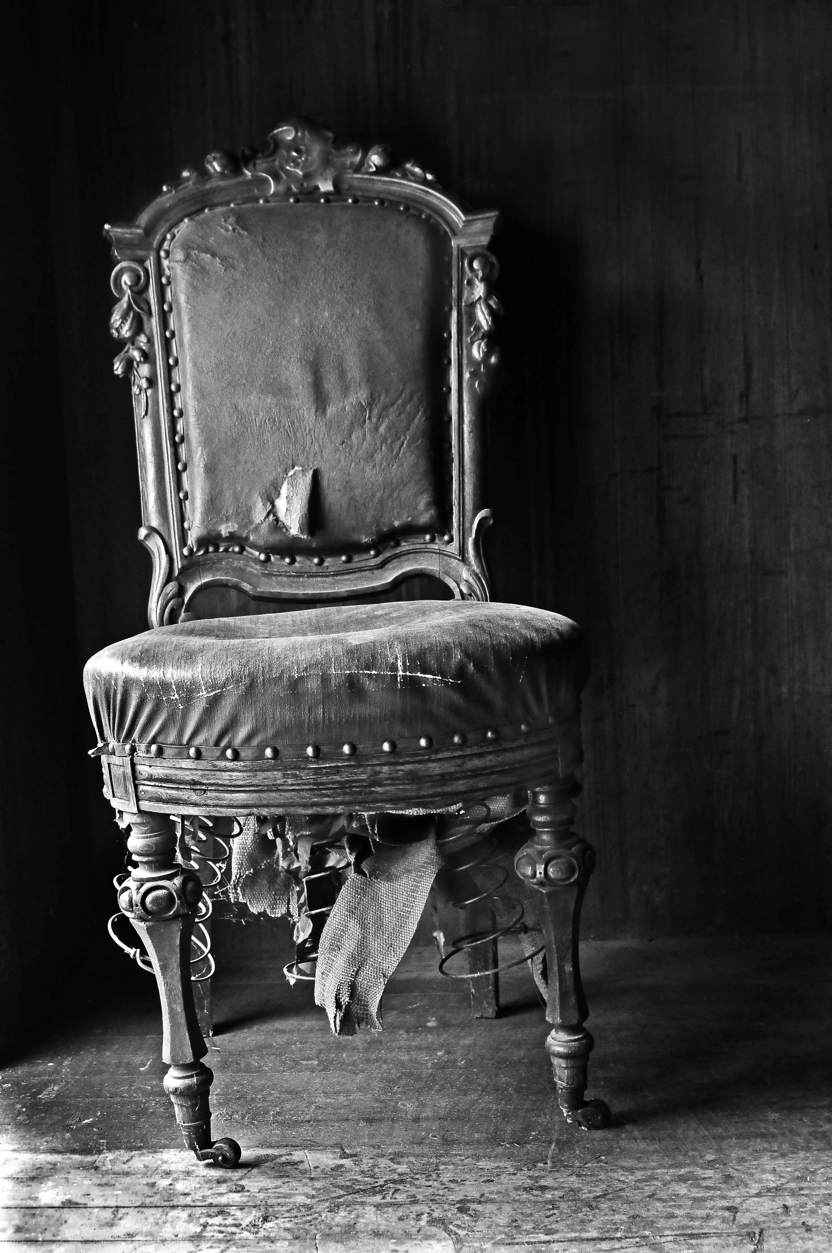 Old Chair | Shutterbug