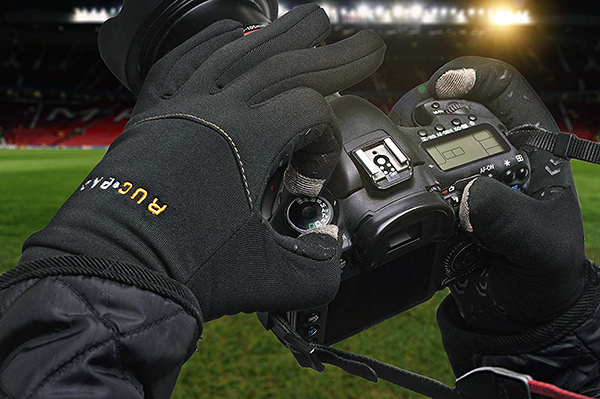 4 Gloves for Winter Photography
