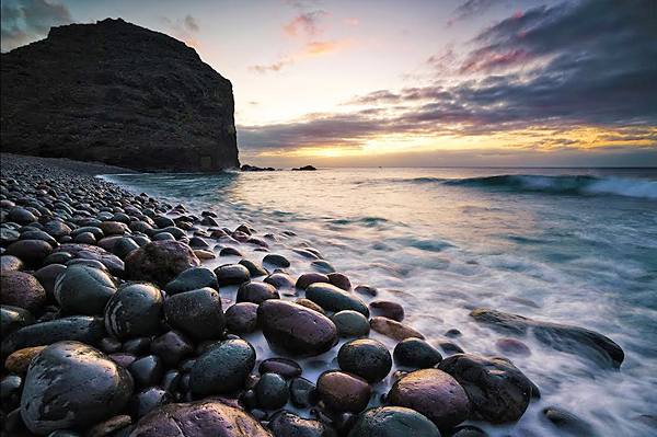 Here's How to Use Long Exposures During the Day for Epic Landscape Photographs (VIDEO)
