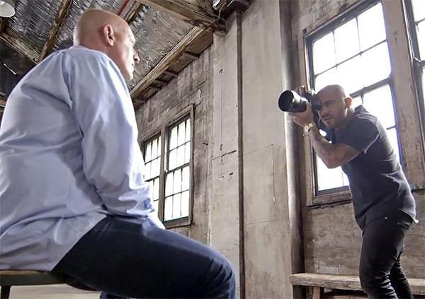 6 Photographers Capture Same Person But Results Vary Widely Because of a Twist (VIDEO)