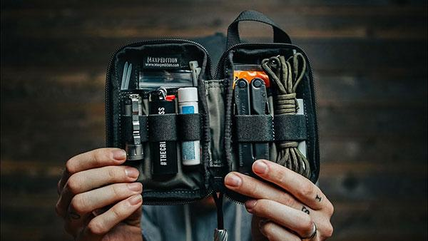15 Things You Need in Your Camera Bag, According to Peter McKinnon (VIDEO)