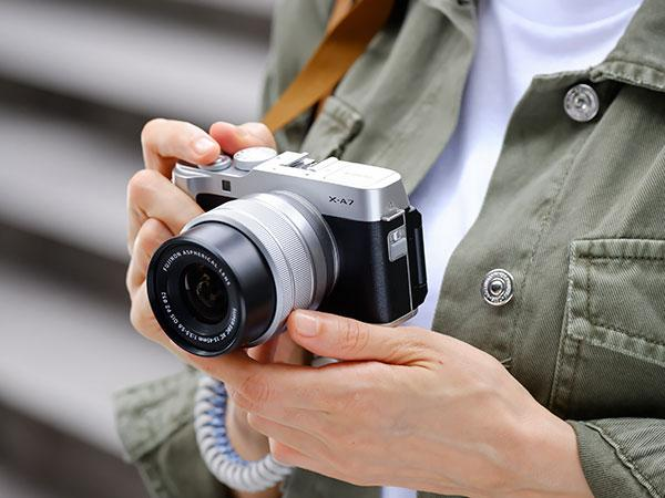 Fujifilm Intros Small and Lightweight X-A7 Mirrorless Camera at an Entry-Level Price