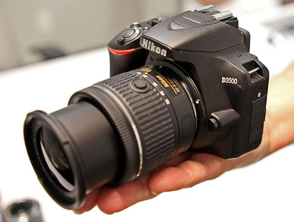 How to Choose a First Camera for New Photographers: Buyer's Guide &  Recommendations | Shutterbug