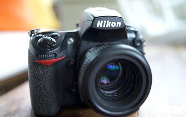 9 Reasons Why a $300 Nikon D700 from 2008 Is Still a Great Full Frame DSLR for Serious Photographers