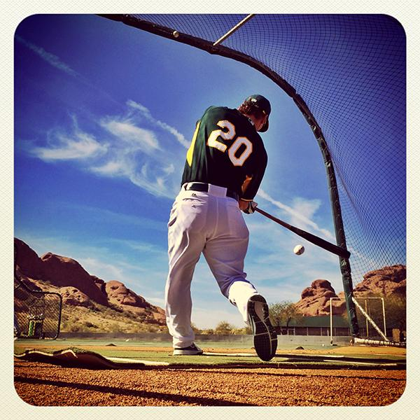 How Pro Sports Photographer Brad Mangin Makes Money Selling Baseball Photos Shot with His iPhone