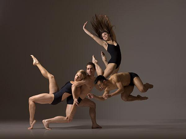 Freezing the Action: How Lois Greenfield's Simple Lighting Helps Capture Gorgeous Dance Photos