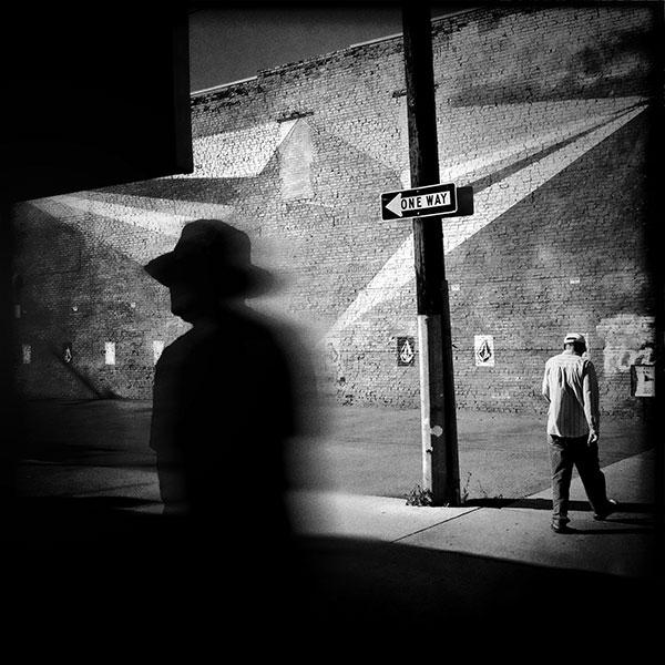 Black and white street photography tips how david ingraham uses an iphone to capture the moment
