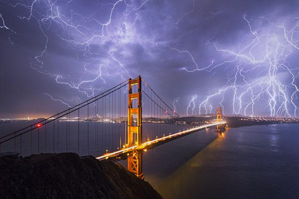 Landscapes in Motion: How Michael Shainblum Captures His Breathtaking Imagery