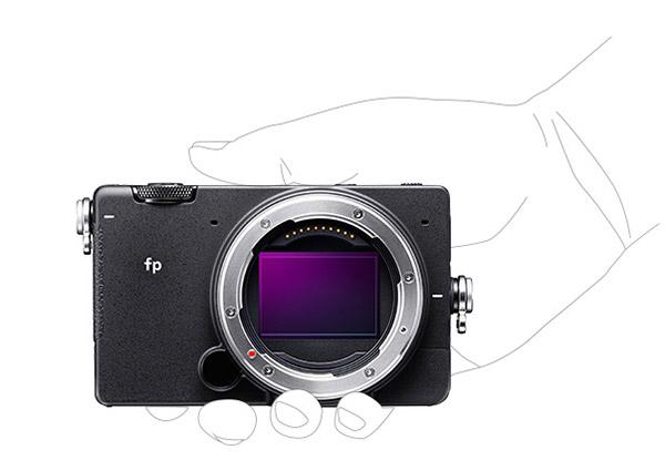 "Sigma Intros ""Smallest & Lightest"" Full Frame Mirrorless Camera: the 24.6MP Sigma fp"