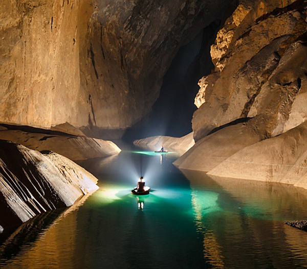 Ryan Deboodt's Giant Cave Photography is Absolutely Astonishing