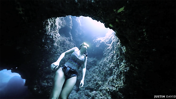 Justin Baluch Used a Steadicam to Capture This Beautiful Video of an Underwater Cave Diver