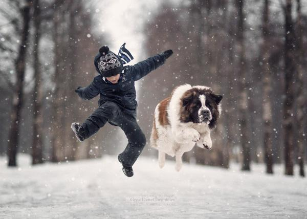 Russian Photographer's Enchanting Images Prove That Big Dogs Can Be a Little Kid's Best Friend