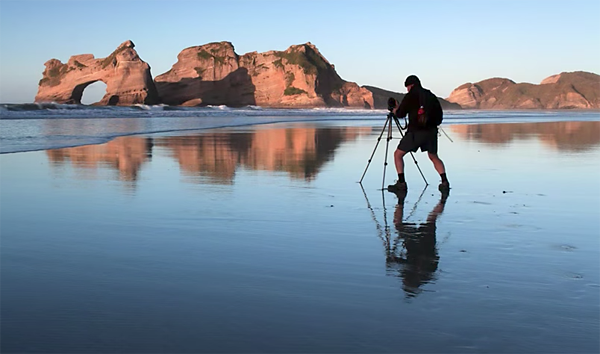 10 Tips for Spectacular Landscape Photographs from New Zealand Pro Ray Salisbury (VIDEO)