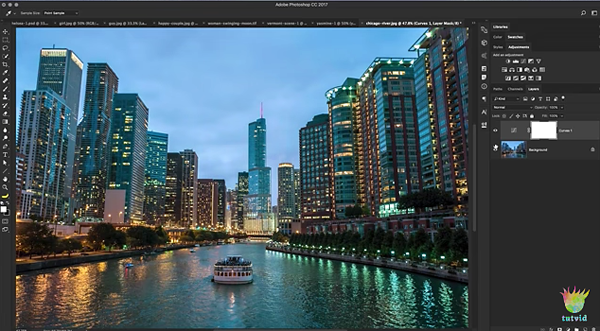 "Here Are 10 ""Must Know"" Photoshop Features for Those Who Are Serious About Photography (VIDEO)"