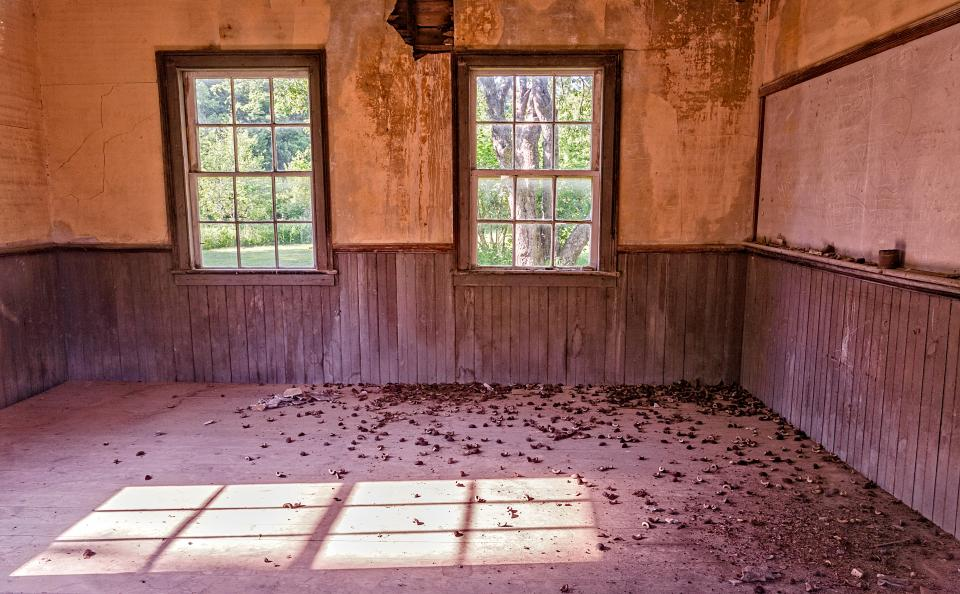 Groovy Empty School House Shutterbug Home Interior And Landscaping Ologienasavecom
