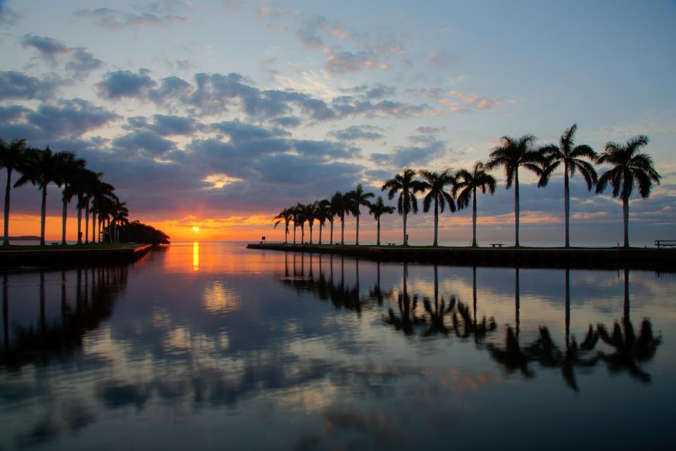 florida palm trees sunrise. sunrise at the deering estate in miami florida canon eos 5d mark iii lens ef 24105 40 settings iso 100 24mm f16 18 sec shutter speed palm trees